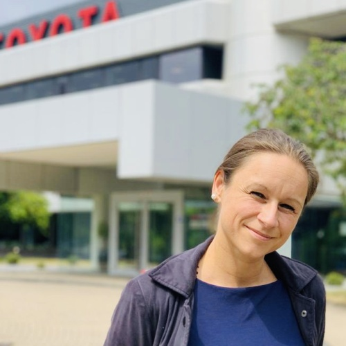 "Nadine Puscher<br /><img src=""https://cmcx.com/wp-content/uploads/2019/10/Toyota-fleet-mobility-CMCX.jpg"" style=""max-width:100px;width:100%;height:auto;margin-top:12px;"">"