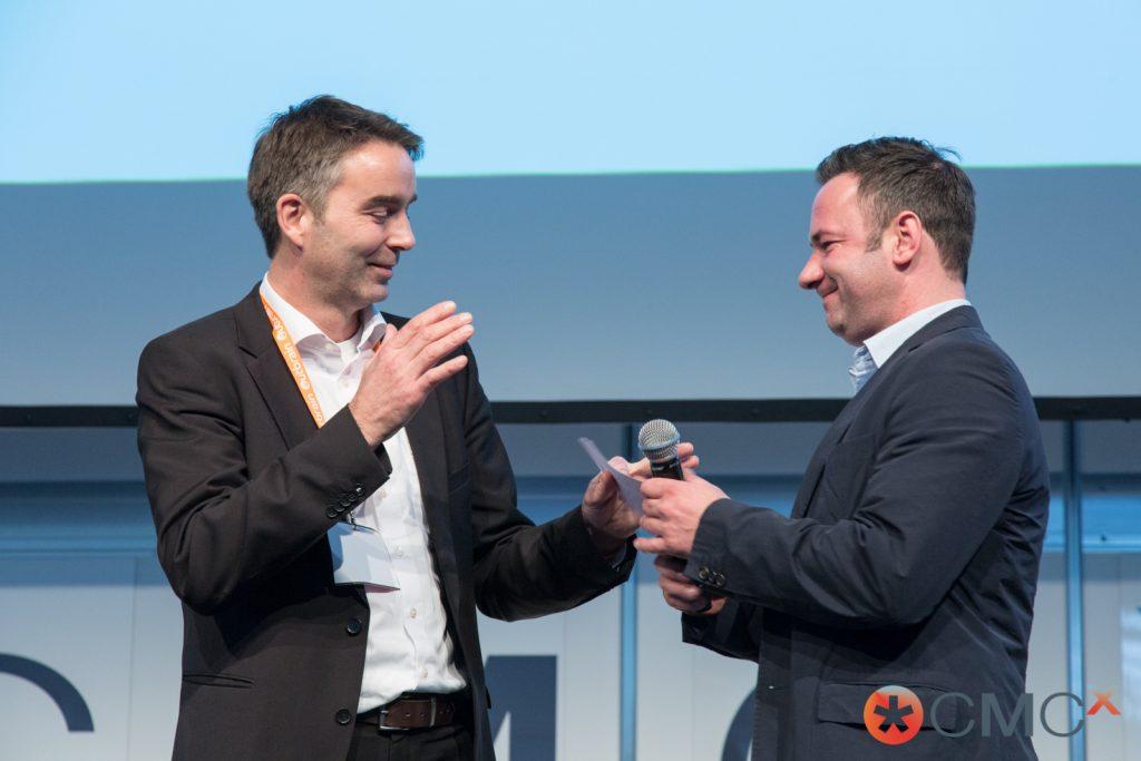 Content-Marketing Handshake
